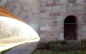 Mario Stern Mosaik bei Frankenthal (Autobahnbrücke)